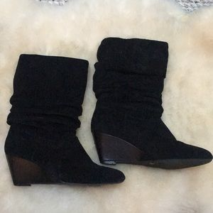 Alex Marie Black Suede Wedged Boots Winter Ready